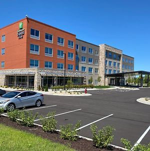 Holiday Inn Express And Suites Madison West - Middleton photos Exterior