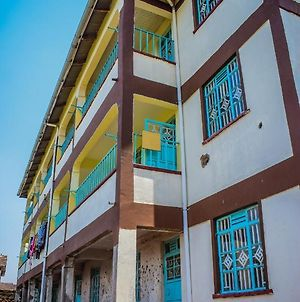 Ketraquells Nest - A Fully Furnished 2Bedroom Apartment. Behind Kenya Re- Migosi photos Exterior