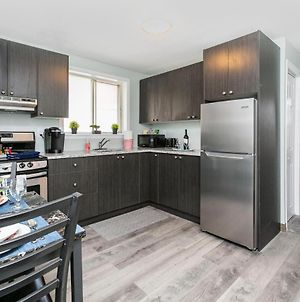 Prime Location - Modern 1Br With King Bed - Byward Market! photos Exterior