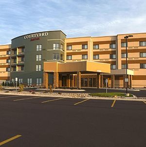 Courtyard By Marriott Battle Creek photos Exterior