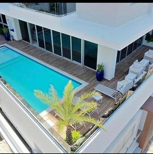 Brandnew Luxurious W/Pool Nd Gym View From 7Thfloor photos Exterior