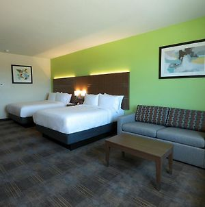 Holiday Inn Express & Suites - Dripping Springs - Austin Area, An Ihg Hotel photos Room