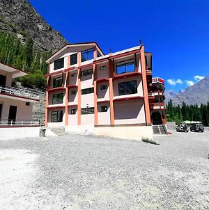 Hotel Mountain Lagoon Skardu photos Exterior