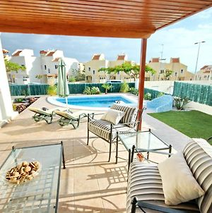 """Family Villa """" Sunshine"""" With Private Heated Pool, Bbq & Wifi By Holidays Home photos Exterior"""