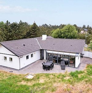 Four Bedroom Holiday Home In Blavand 40 photos Exterior
