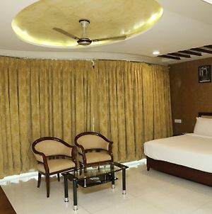 Hotel Anantha Executive Suites photos Exterior