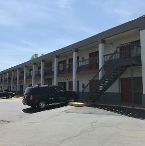 Americas Best Value Inn Fort Jackson photos Exterior
