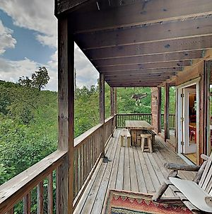 New Listing! Epic Cabin With Game Room & Hot Tub Cabin photos Exterior