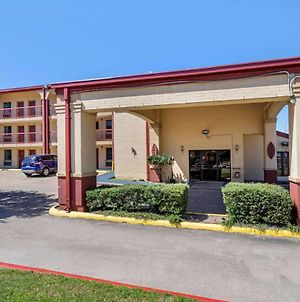 Econo Lodge College Station University Area photos Exterior