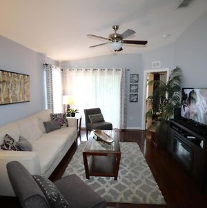 3 Bedroom New, Close To All Theme Parks, photos Exterior