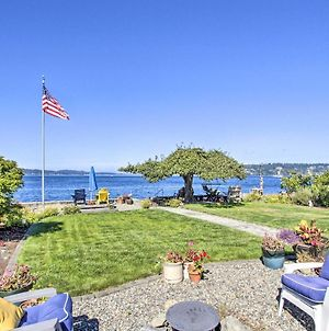 Waterfront Escape With Deck And Puget Sound Views photos Exterior