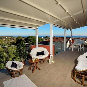 House With 2 Bedrooms In Loano, With Wonderful Sea View, Terrace And Wifi photos Exterior