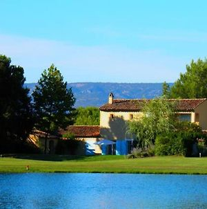 Villa With 3 Bedrooms In Mallemort With Wonderful Lake View Private Pool Furnished Garden 32 Km From The Beach photos Exterior