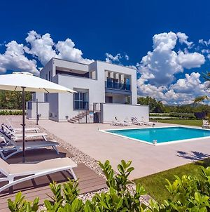 Villa Marijeta Exclusive 5 Star Villa With 50Sqm Private Pool 6 Bedrooms And Playroom photos Exterior