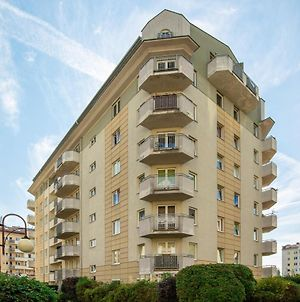 Apartments Warsaw Ursus By Renters photos Exterior