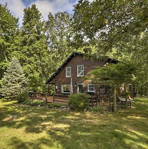 Tranquil East Lyme Log Home With Porch & Yard! photos Exterior