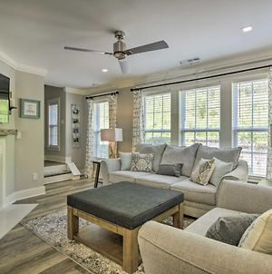 Modern Upscale Home 15 Mi From Downtown Raleigh photos Exterior