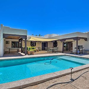 Luxury Adobe Villa - Pool, Patio, Paradise! photos Exterior
