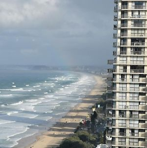 Oceanfront Apartments In Surfers With Ocean And Hinterland Views 25 Steps To Beach! photos Exterior