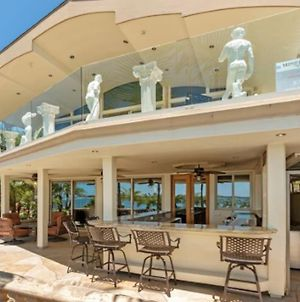 Amazing Bayfront House On Sail Bay In Mission Bch photos Exterior