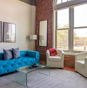 Simple And Modern 2Br Apt Near Downtown photos Exterior