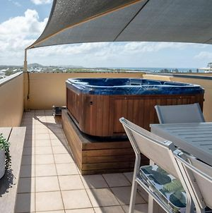 Coolum Beach 3 Level Townhouse Private Rooftop Terrace Spa Overlooking Mount Coolum photos Exterior