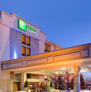 Holiday Inn Express Flint-Campus Area, An Ihg Hotel photos Exterior