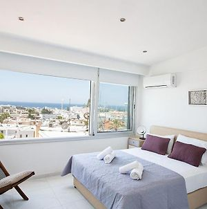 Apt Misia Enas - Modern 2 Bedroom Apartment With Sea Views - Close To Ayia Napa Square photos Exterior