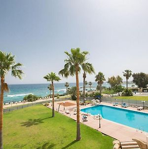 Apt Lasonos Asimi - Luxury 3 Bedroom Appartment - Protaras Apt With Communal Pool On Fig Tree Bay photos Exterior