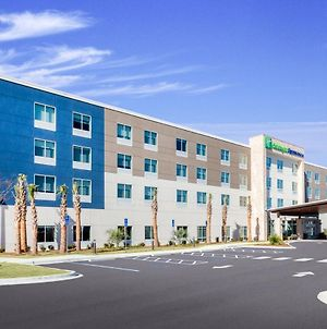Holiday Inn Express & Suites Niceville - Eglin Area photos Exterior