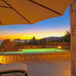Executive Rhodes Villa Villa Luciana 3 Bedroom With Sea Views Pefkos photos Exterior