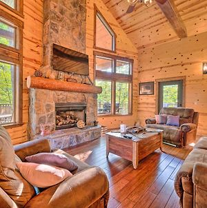 Creekside Cabin With Deck, Hot Tub & Fire Pit! photos Exterior