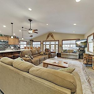 Luxe Remodeled Alpine Escape - Hot Tub, Game Room Home photos Exterior