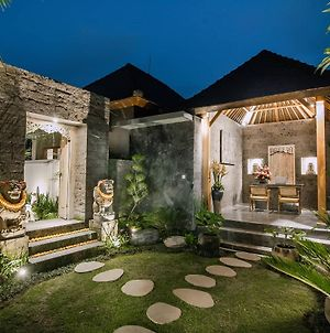 Ubud Season Villas photos Exterior