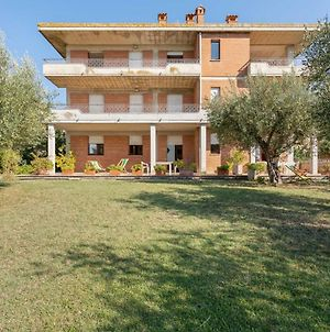 Cozy Apartment With Swimming Pool And Gym On Lake Trasimeno photos Exterior