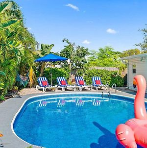 Heated Pool Villa By Digsify Bbq 2 King Beds Self Check In Free Parking Near Pga Downtown At The Gardens Mall Rapids Water Park Beaches Roger Dean Stadium Fitteam Ballpark Paley Institute photos Exterior
