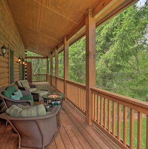 Quiet Forest Hideaway With Deck And Near Hiking! photos Exterior