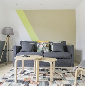 Airy Apartment For 4 By Guestready photos Exterior