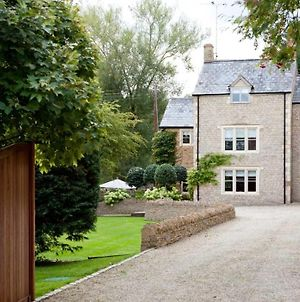 Stylish & Contemporary House In The Cotswolds photos Exterior