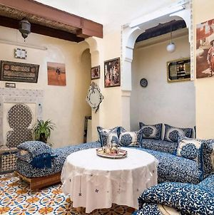 Family Room For 6 Peoples Sunny Riad Inside Medina Fes El Bali photos Exterior