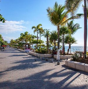 Modern Loft Style 1 Bedroom With Private Dipping Pool Malecon Downtown Puerto Vallarta photos Exterior