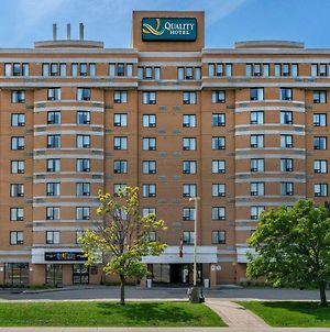 Quality Inn And Suites Montreal East photos Exterior