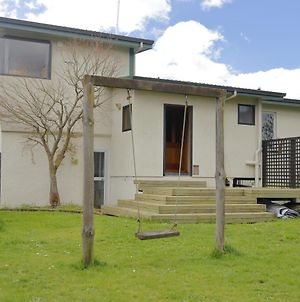 Midtown Mountain Views - Te Anau Holiday Home photos Exterior