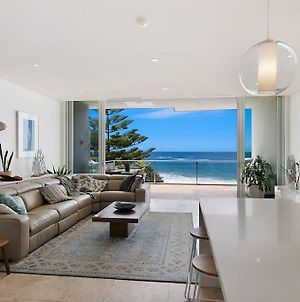 Oceanfront Penthouse, Stylish And Luxurious. photos Exterior