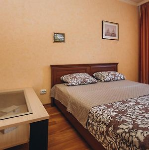 Apart-Hotel Centr On Street Petropavlovskaya 2 Room photos Exterior