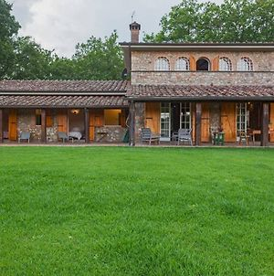 Villa With 4 Bedrooms In Provincia Di Siena With Private Pool Enclosed Garden And Wifi 80 Km From The Beach photos Exterior