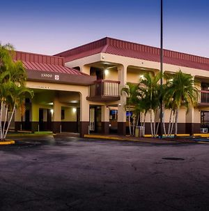 Red Roof Inn Ft Myers photos Exterior