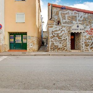 Large Linked Holiday Home In The Center Of Sant Pere Pescador photos Exterior