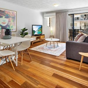 One-Bed Apartment With Balcony And Parking Near Cbd photos Exterior