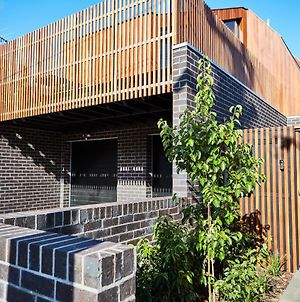 3-Bed House With Rooftop And Parking Near Yarra Park photos Exterior